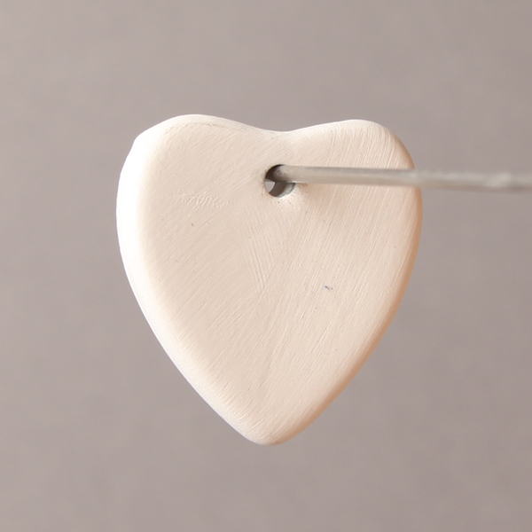 Heart pendant 38mm long BI6000