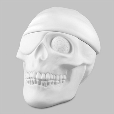 Pirate Skull Box 10cm tall MB0945