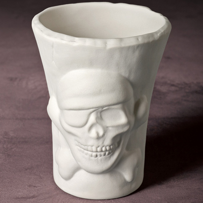 Skull and Crossbones Pot 10.5cm MB1029