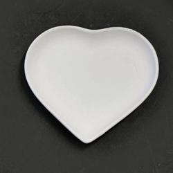 Small Heart Dish 13cm x 12cm x 2cm CX0772