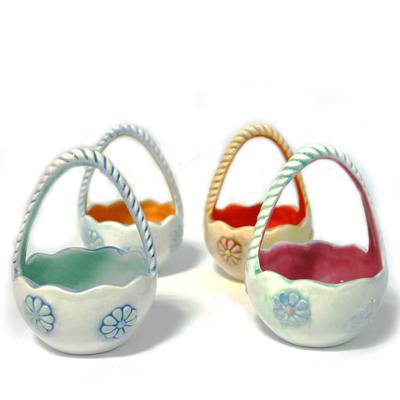 Egg Basket 11cm Tall x 7.5cm Wide CX5022